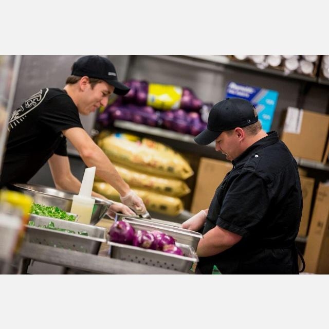 Restaurant Crew member - Full Time - Chipotle - Canary Wharf