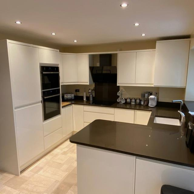 Apprentice kitchen fitter joiner