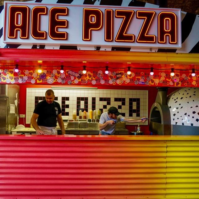 Pizza Chef - Outdoor Pizza Shack