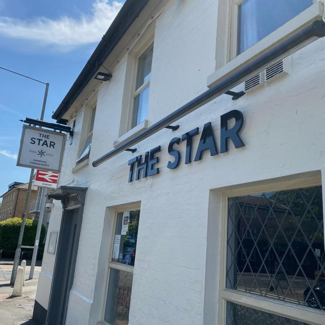 The Star Staines  cover  image
