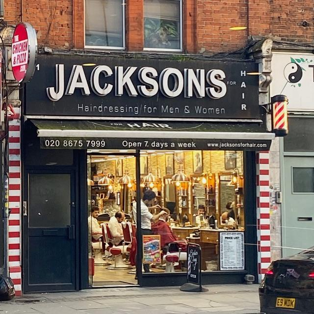 Experienced hairdressers and barbers wanted in Balham