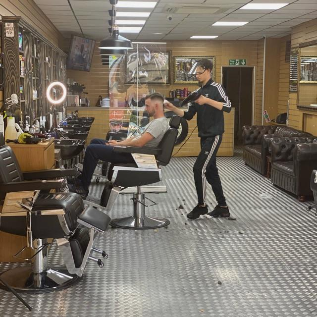 Barber / Hairdresser
