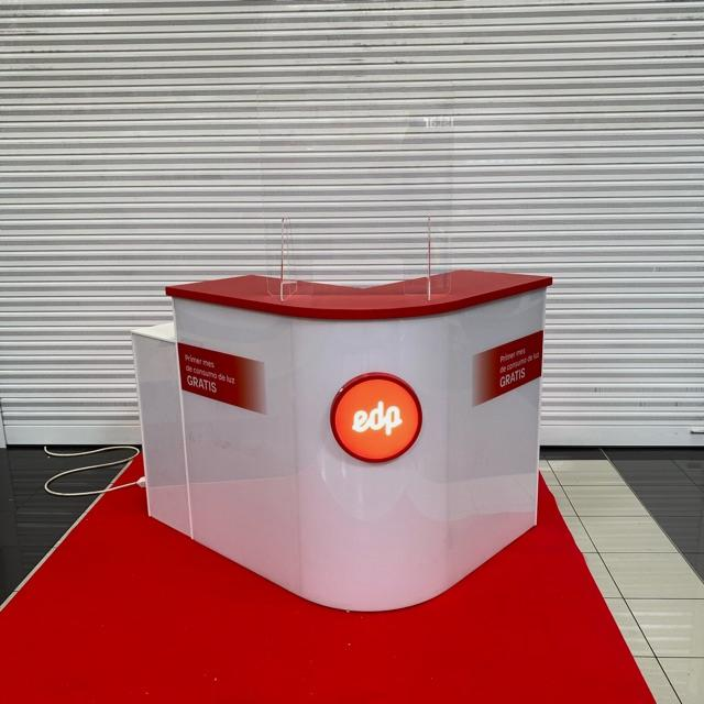 Comercial Stand
