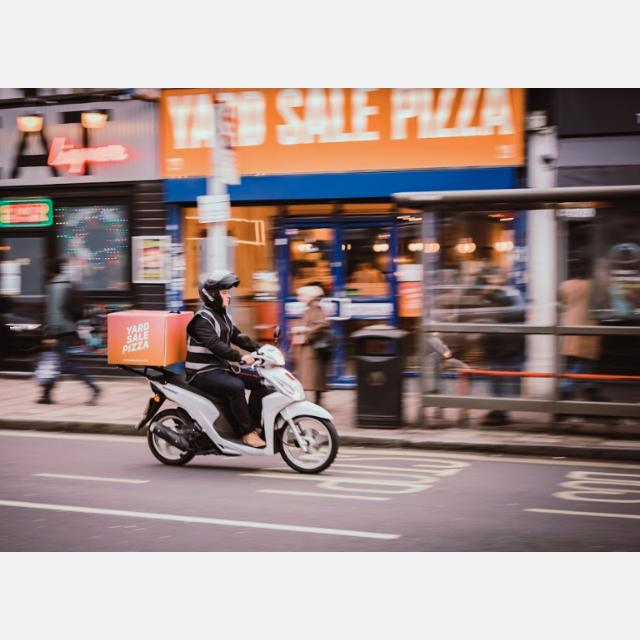 Moped Delivery Driver, Hackney Central, Weekends, Up to £10.50 per hour